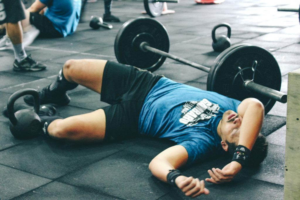 Amino acid supplement benefits in crossfit collapse after wod
