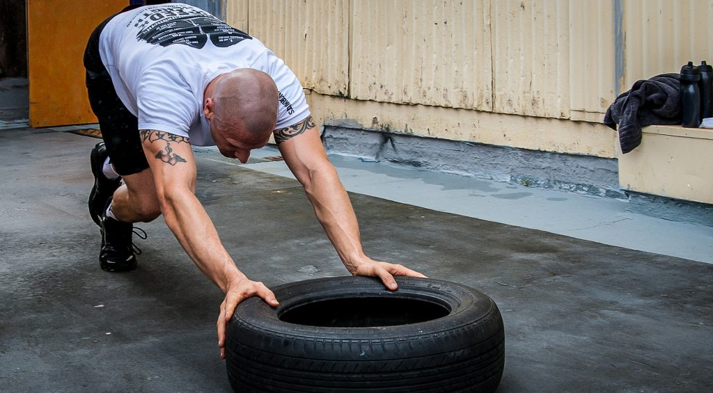 What is crossfit tyre push